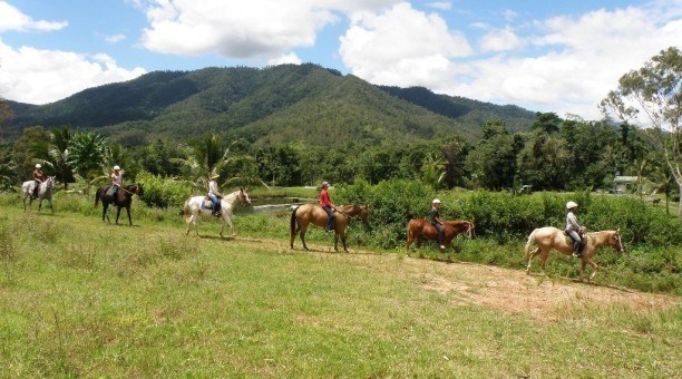 horse riding Cairns Australia