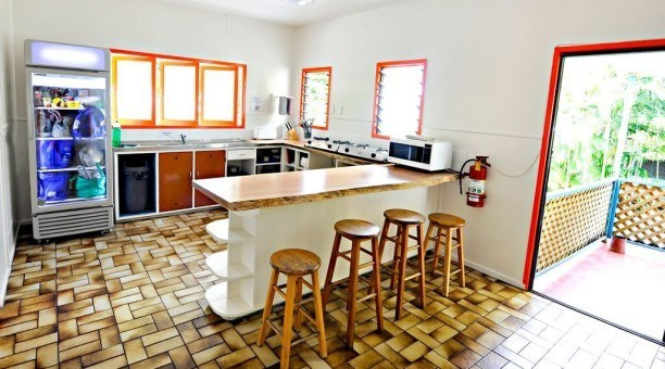 Calypso Hostel Cairns community kitchen,